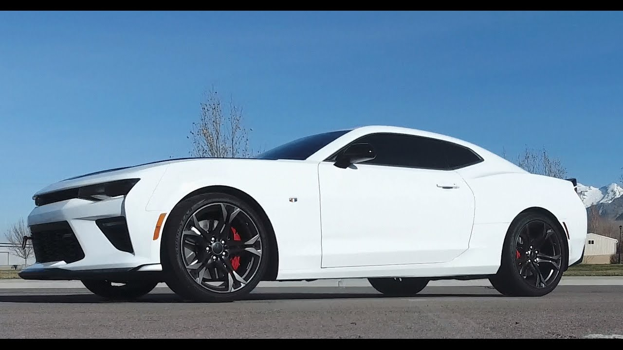 2017 Chevrolet Camaro Ss 1le Review The Best 45000 Dollar Sports Car