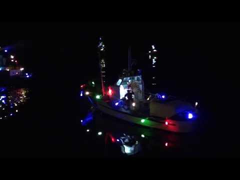 BAMM Xmas Scale RC Ship display!
