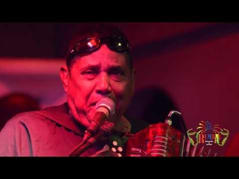 El Tatuaje - El Maestro Pedron Y Su Conjunto Tipico - Rumba Deluxe Bar And Lounge  Santo Domingo