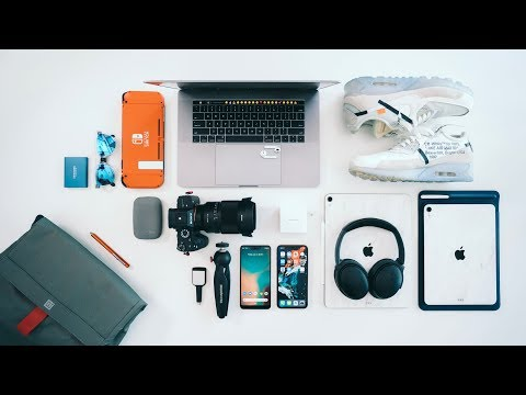 What's in my TECH TRAVEL BAG? 2019 Edition