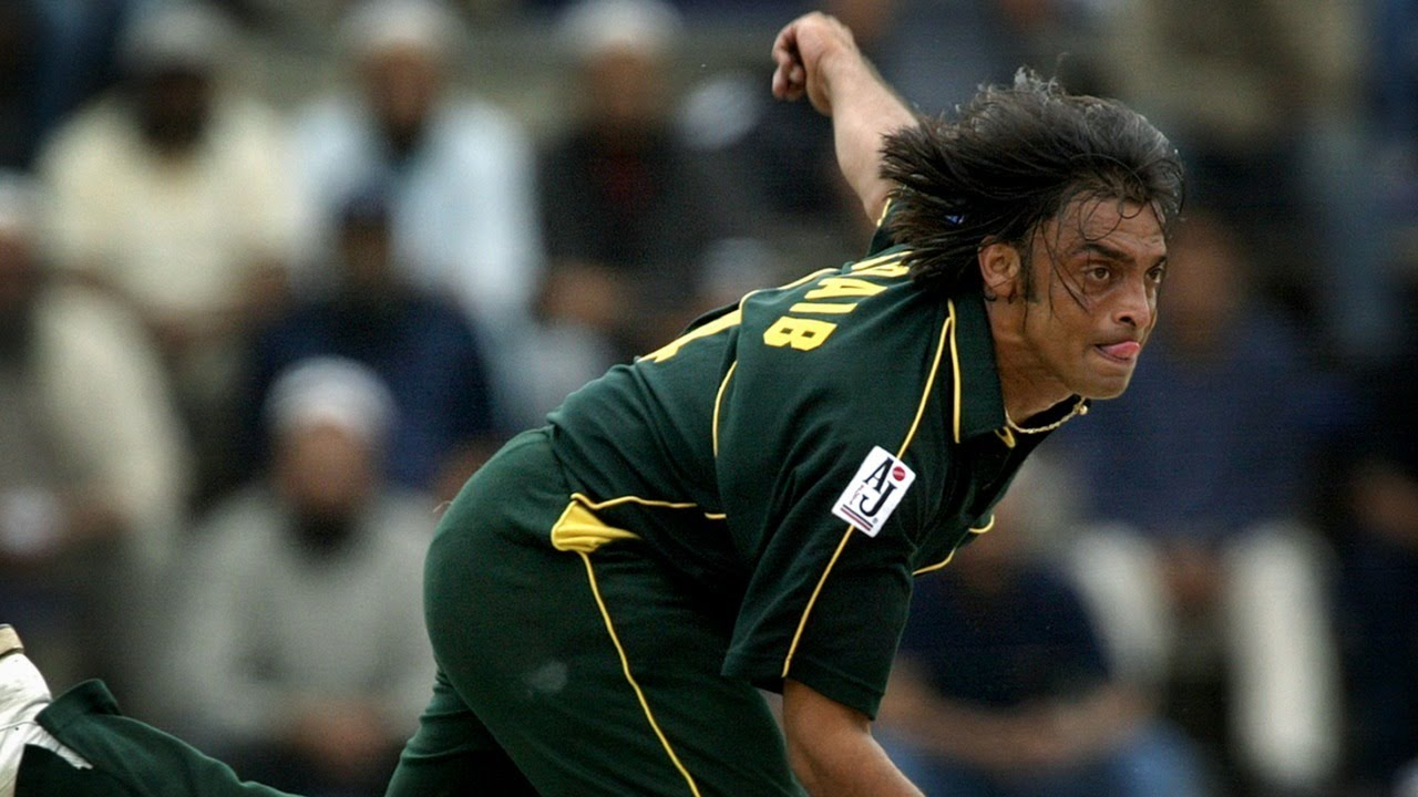 From the vault: Shoaib Akhtar's meanest ever bouncer? - YouTube