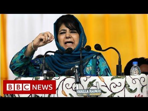 Kashmir leaders under house arrest as unrest grows - BBC News
