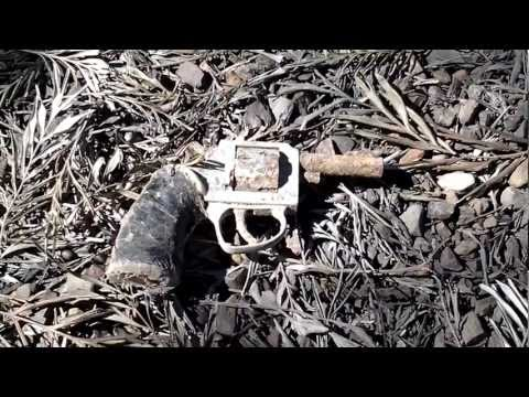 Thumbnail: Found a Gun with my metal detector