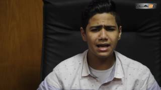 بالفيديو.. مروان طارق يغني لـ «السهم نيوز» متتغروش يا بني أدمين