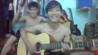 Guitar cover :Em nhớ anh - Joyce Chu _ Phiên bản Bựa sinh viên.