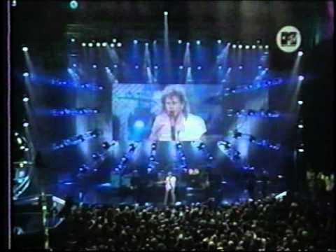 Aerosmith Medley (Toys In The Attic - Cryin' - Girls Of Summer)