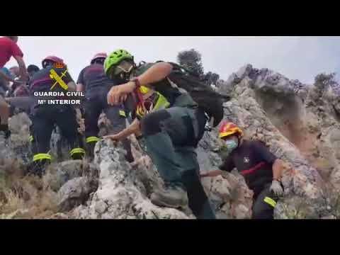 Rescate de un senderista herido en la cresta de la Gallinera, en Carcabuey