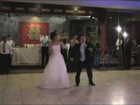 At and Quynh Prak Wedding, Surprise First Dance with Glee Perfomance