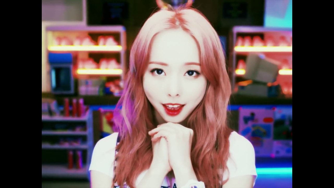 [HD][VOSTFR] LOOΠΔ ViVi - Everyday I Love You Feat HaSeul - YouTube