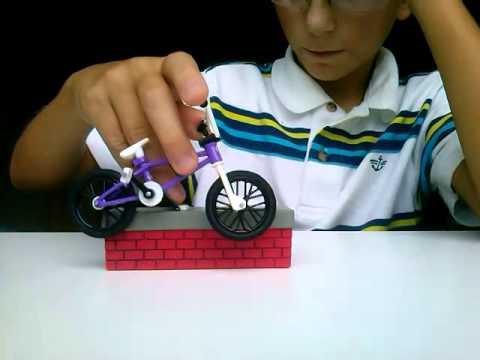 Игрушки для мальчиков в интернет магазине детский мир по выгодным ценам. Большой выбор игрушек для мальчиков, акции, скидки.