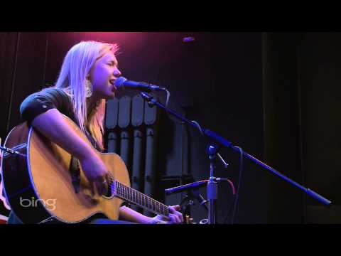Morgan Frazier - Hey Bully (Live in the Bing Lounge)