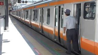 なぜか、外から閉める  JR東日本の車掌 thumbnail