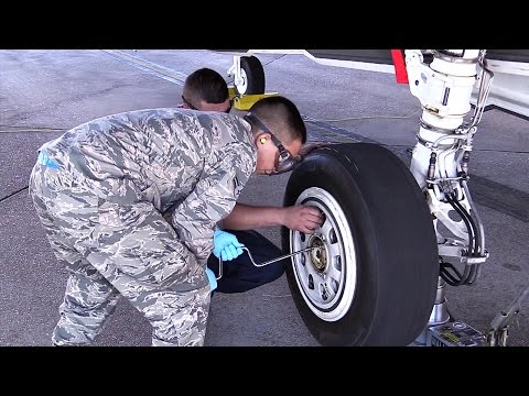 How To Change Tire On $100 Million Dollars Plane -  F-35 Tire Swap