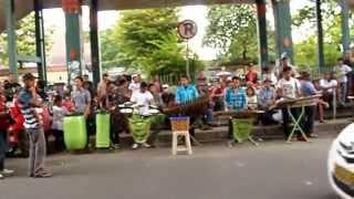 Pengamen Jalanan Malioboro Yogyakarta Street Musicians