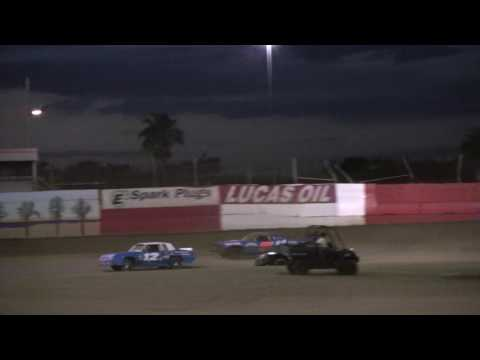 V8 Warrior Heat Race  East Bay Raceway Park  32517