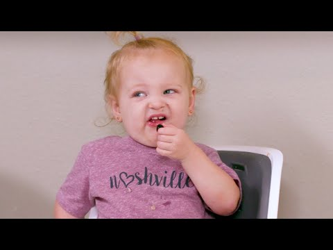 Whose Reaction Is Your Favorite? The Busby Quints Try New Foods! | OutDaughtered