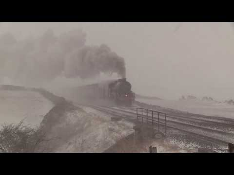LMS 45699 Battles the Snow on the Cathedrals Express 17/3/18.
