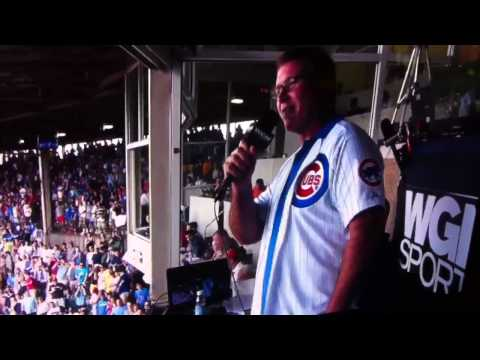The 7th Inning Stretch at the Cubs Game!