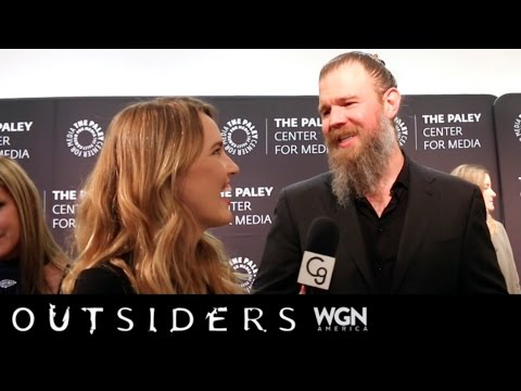 Ryan Hurst on Outsiders, Man Buns, Staying Grounded, & More!
