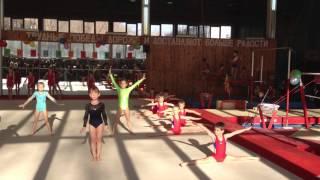 День гимнастики 2012. Выступление первоклашек.