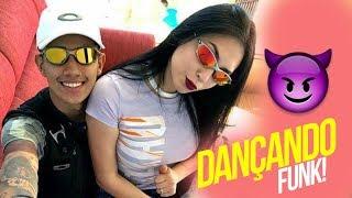 Baixar Casal chavoso dançando Hum Hum no meio do Baile Funk !