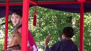 会津藩公行列の特別ゲストの綾瀬はるかさんと鈴木梨央さんが幕末のジャ...