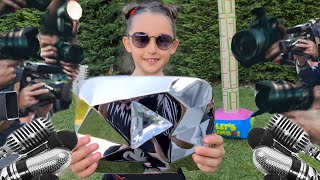 Öykü and competes with her Parents for 10 million Dıamond Play Button plagues