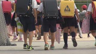 避難所の小学校、授業再開 広島土砂災害1週間