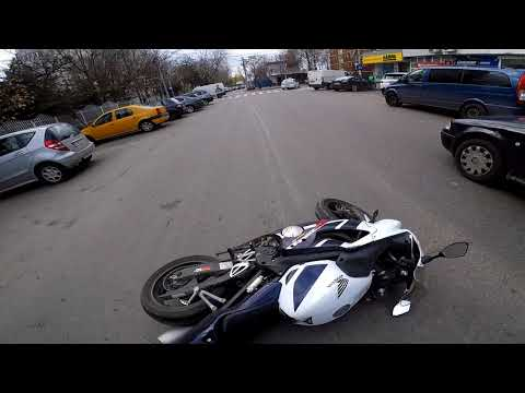 Cold Tire Meets Slippery Paint - Motorcycle CBR600 F4i Crash
