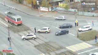 Бийск. ДТП на перекрестке ул. Мерлина - Гастелло 16.10.2018