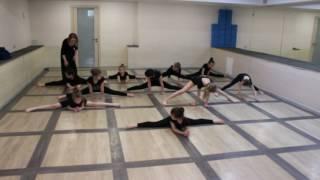Видео-урок (II-семестр: май 2017г.) - филиал Червишевский, группа 6-9 лет, Современный танец