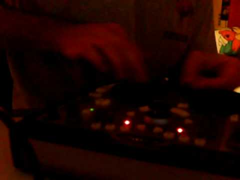 Scratching with the Hercules DJ Control