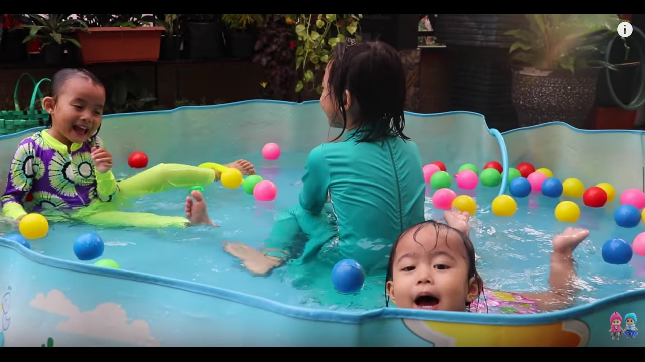 Kolam Renang Mainan Anak Bayi Lucu Lifia Niala With Baby Swimming Pool And Kids Lifiatubehd