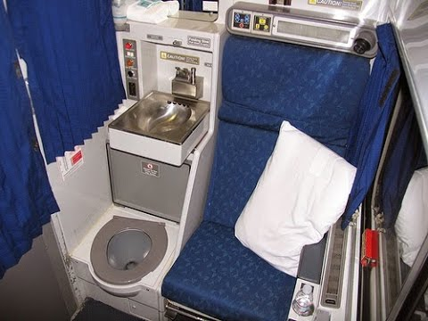 Amtrak Viewliner roomette tour and amenities - toilet in ...