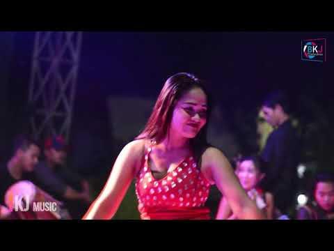 Free Download Dian - Tak Sanggup Lagi Bkj Music Mp3 dan Mp4