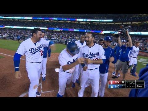 Dodgers walk off on Kela's balk in 9th