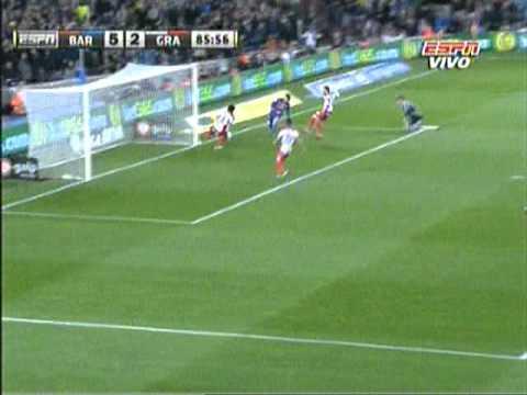 Tercer gol de Messi al Granada