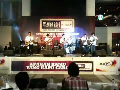 Elfa's Singers - Pesta (BassGenk Road to Java Jazz 2011 Finals)