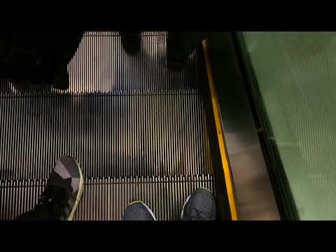 [1/3] Maritime Square Schindler Escalator
