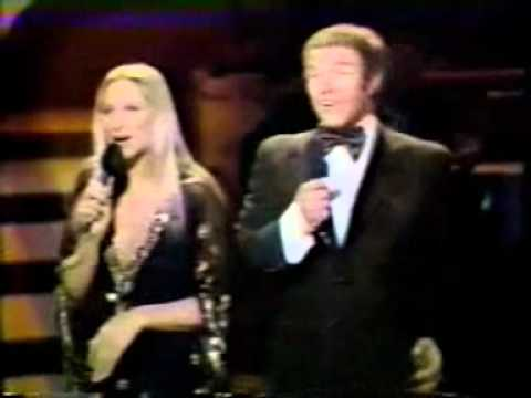 Barbra Streisand - It's only a paper moon, I like him
