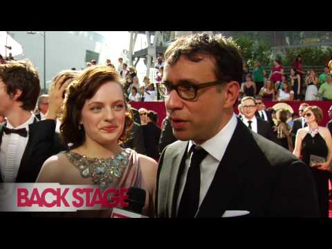 Elisabeth Moss and Fred Armisen at the 2009 Emmy Awards