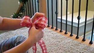 How to make a fancy bow...for gifts and decor. EASY!!!