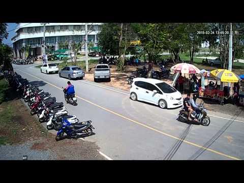 CCTV คนร้ายขโมยรถจักรยานยนต์ 24/02/58