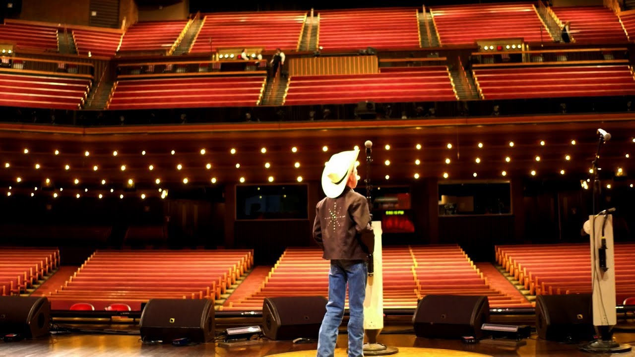 mason ramsey takes the grand ole opry stage - youtube