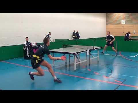 Benes vs Joffre Argentina Oberliga TSV Windsbach vs Fuerstenfeldbruck 20171104 Table Tennis Stativ