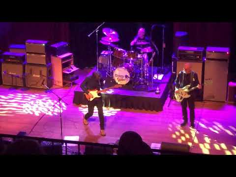 Eric Johnson at House of Blues San Diego 12618: Cliffs of Dover and Desert Rose