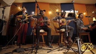 Nathaniel Rateliff & The Night Sweats - Look It Here (LIVE)