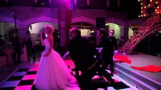 Подарок невесты на свадьбе Юлии и Ринэля! =)))