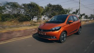 Tata Tiago XZ+ 2019 Walkaround  | Hindi | MotorOctane