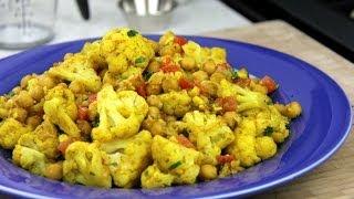 Vegetarian Cauliflower With Chickpeas Curry Recipe.
